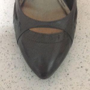 Aldo Shoes - ALDO pewter vintage style heels size 8.5